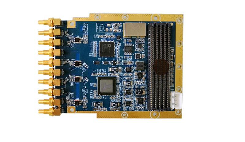QT7326--300MHz~6GHz 射频收发卡